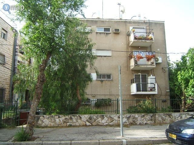 Reish Lakish 10, Jerusalem – Before implementation of Tama 38 project