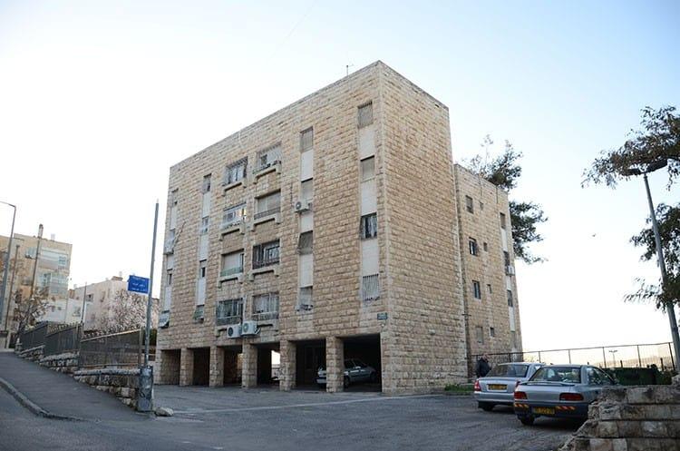 Shaul HaMelech 63, Jerusalem – Before implementation of Tama 38 project