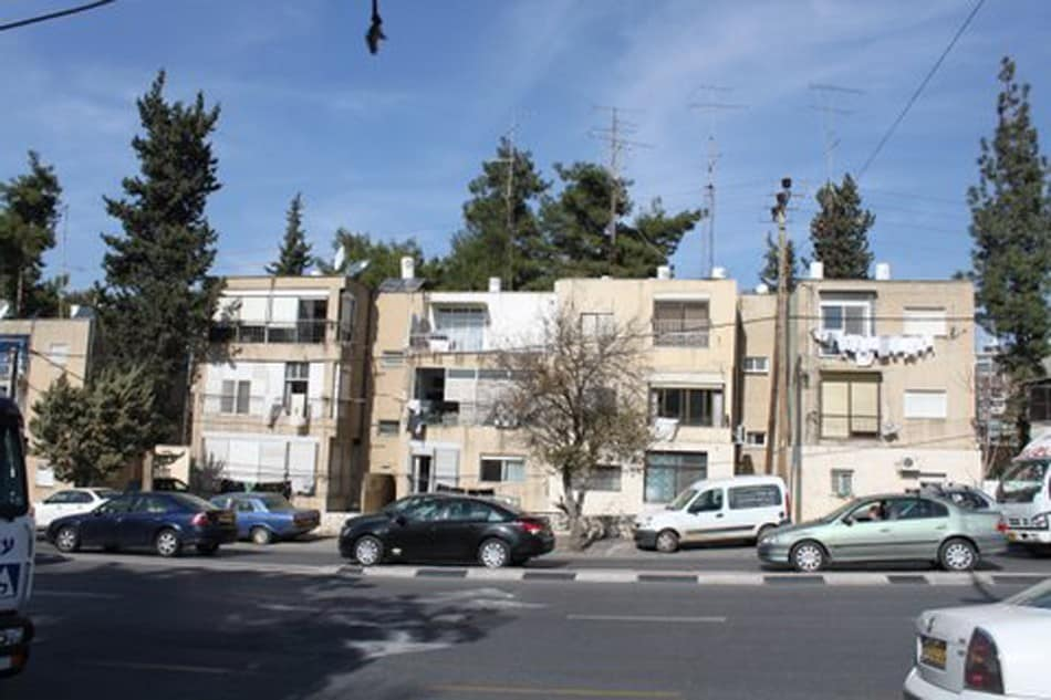 Ben Zakai 6, Jerusalem – Before implementation of Tama 38 project