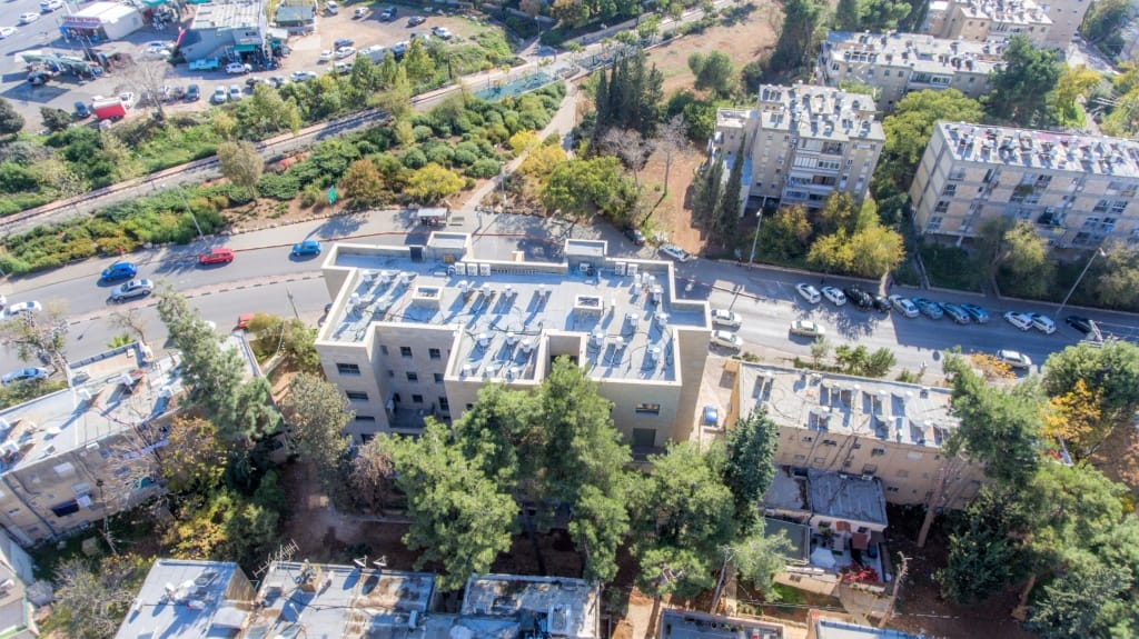 Construction works - Ben Zakai 6, Jerusalem – TAMA 38 project in Jerusalem