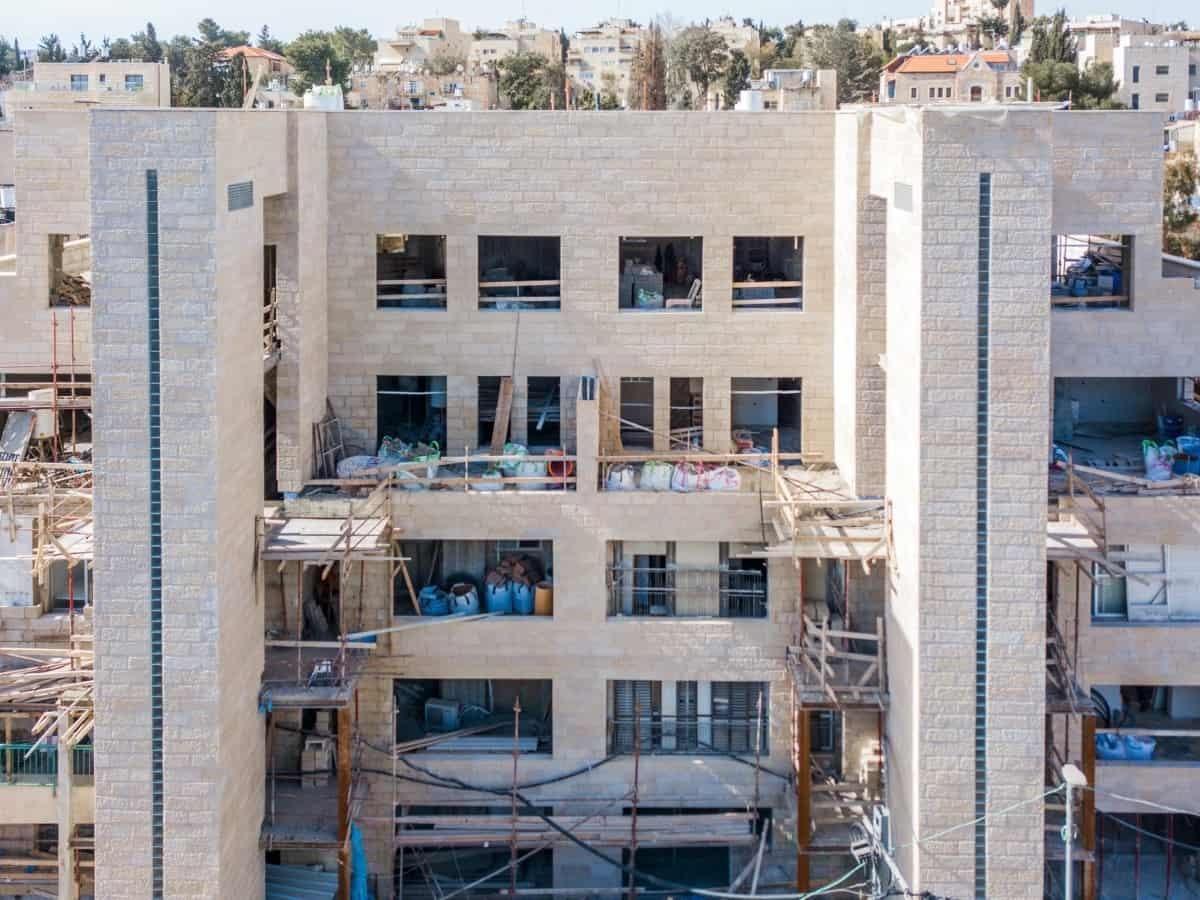 שלבי בנייה - פרויקט תמ״א 38  - אבא חלקיה 5 ירושלים